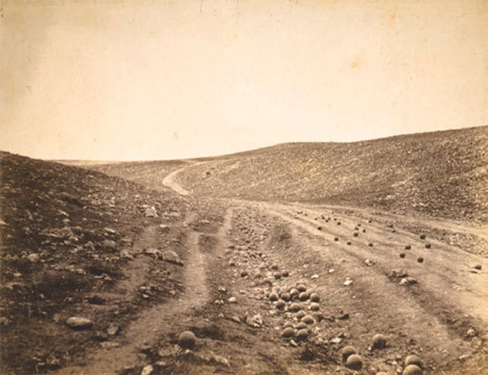 roger_fenton_valley_of_shadow_of_death